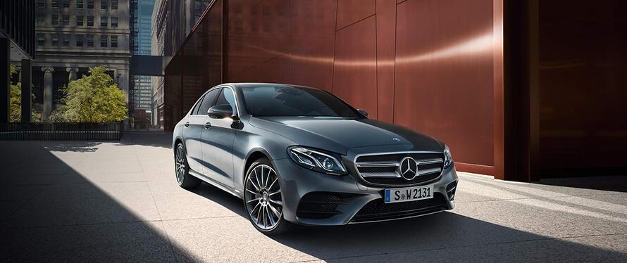 Mercedes-Benz E-Class седан